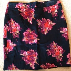 Loft floral fitted skirt